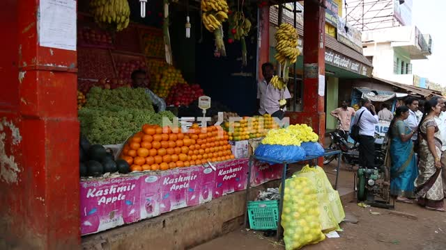 Shopping with stalls of fruit Trade, fruits, Hindus