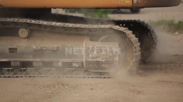 Excavator tracks Excavator, construction machinery, road machinery, road, dust